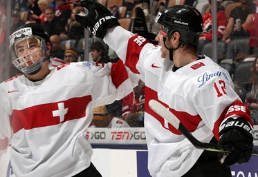 Switzerland win 5-2, stay up